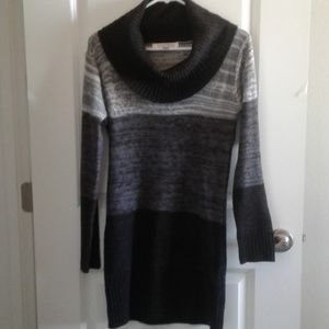 Poof Excellence sweater dress sz M